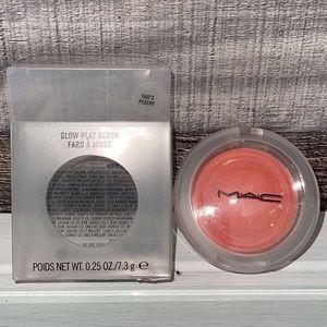 ❤️NEW!!!❤️ Mac Glow Play Blush! That's Peachy!